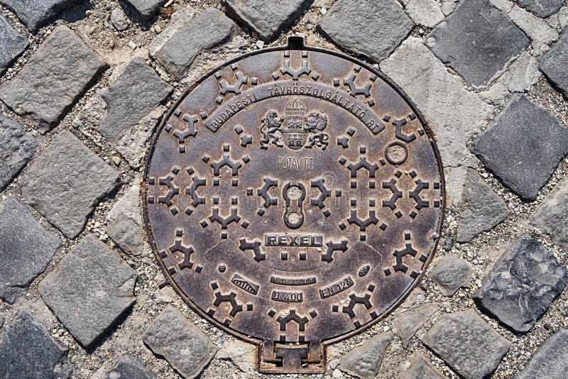 Tampa de câmara de visita do ferro de Budapest fotos de stock royalty free