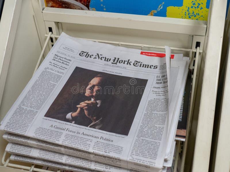 Tampa de New York Times da morte de George H W arbusto imagem de stock royalty free