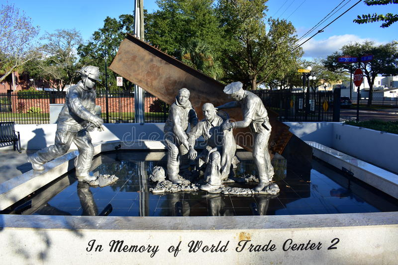Tampa Florida - USA - Januari 08, 2016: 9/11 minnesmärke - Ybor stad arkivfoton