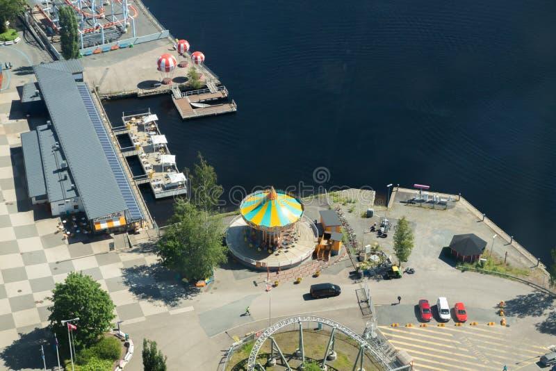 Tampere, Finlande - 24 juin 2019 : Belle vue supérieure de parc d'attractions Sarkanniemi photos libres de droits