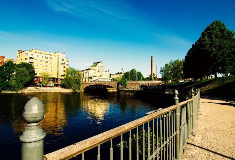Tampere-Stadtufergegend stockfotos