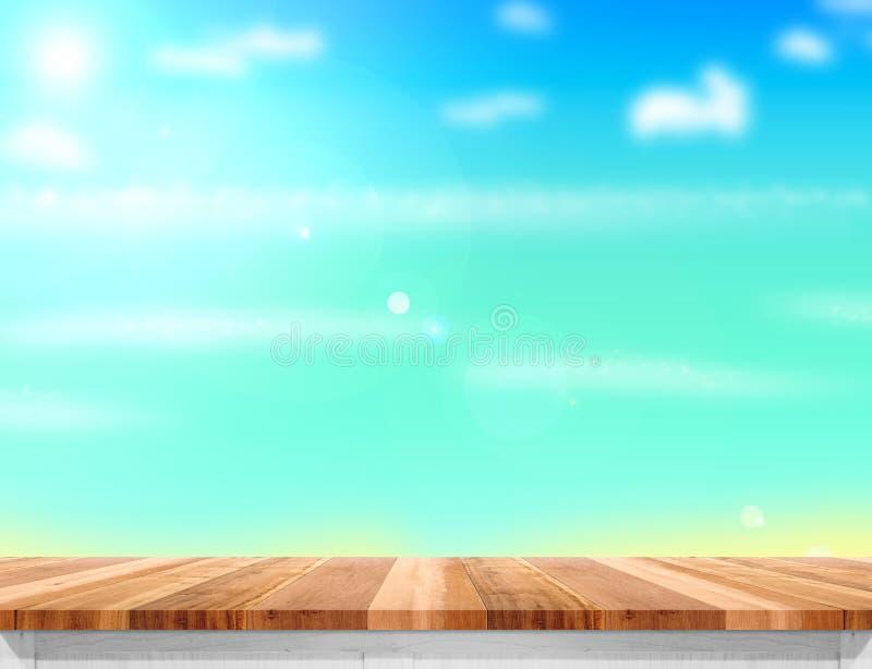 Tampo da mesa de madeira com mar, o sol e a praia borrados no fundo, Moc foto de stock