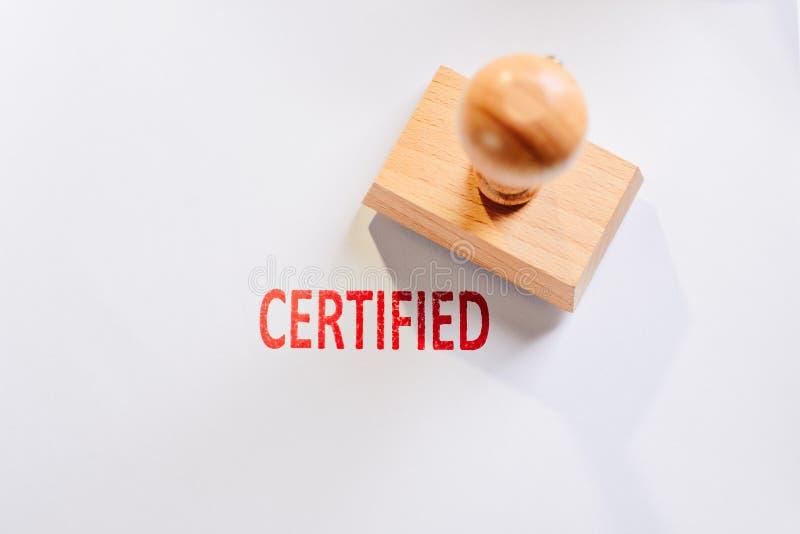 Tampon en caoutchouc certifié par rouge photo libre de droits