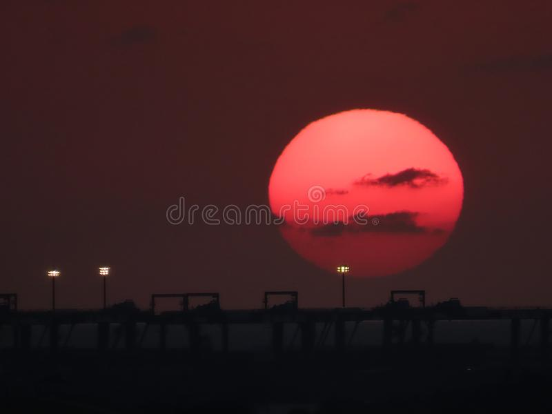 Tamsui flodstrand som fotograferas på solnedgångtid arkivfoton