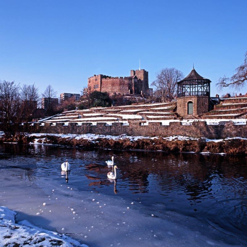 Tamworth slott och flod under vinter royaltyfria foton
