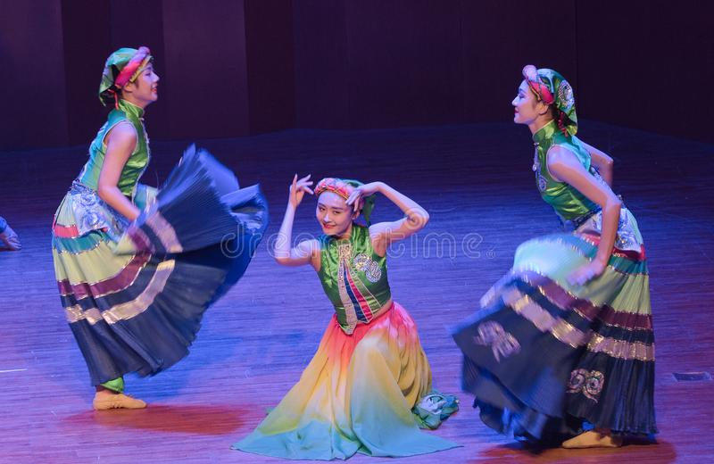 Tana dramata Axi Yi ludowy taniec zdjęcia royalty free
