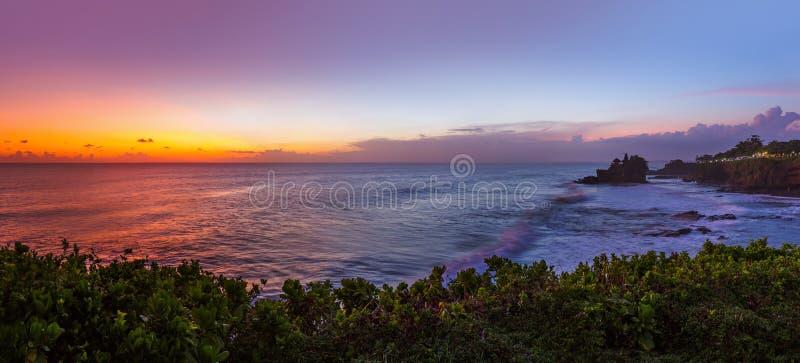 Tanah lotttempel - Bali Indonesien royaltyfri bild