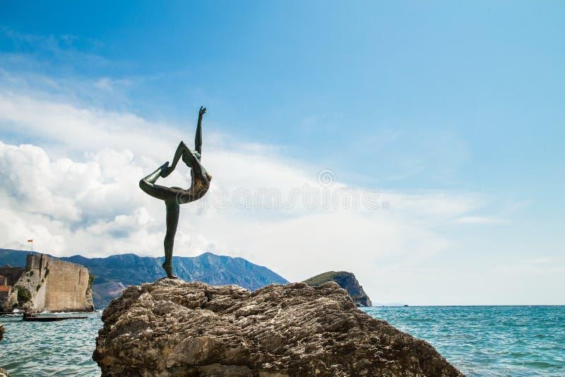 Tancerz statua w Budva w Montenegro obrazy royalty free