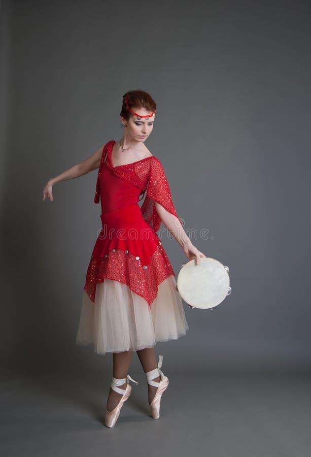 Tancerz z tambourine zdjęcie stock