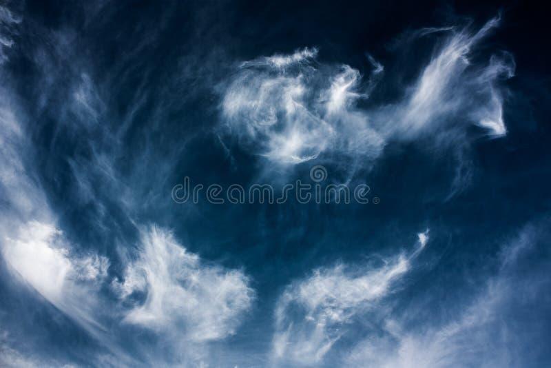 Tanczyć chmury obraz stock