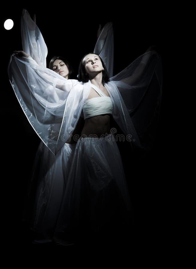 Tanczyć w semidarkness zdjęcia royalty free