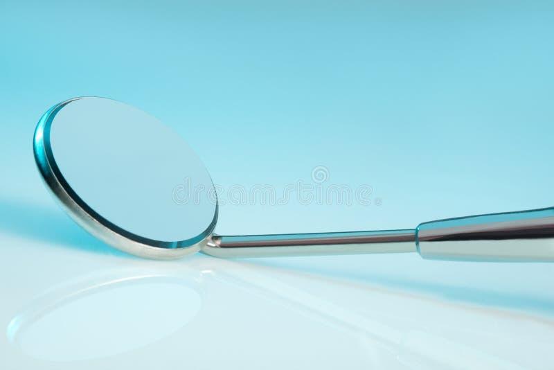 tand- spegel royaltyfri bild