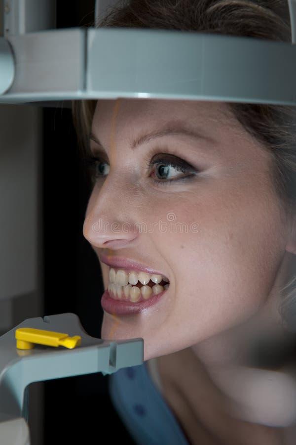 tand- stråle x royaltyfri fotografi