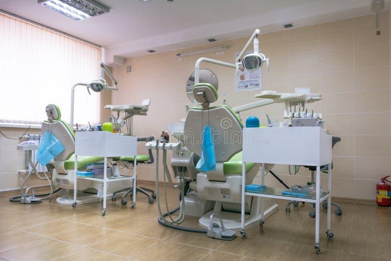 Tandheelkunde, geneeskunde, medische apparatuur en de stomatologieconcept royalty-vrije stock foto