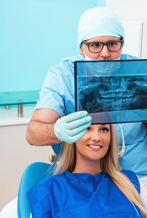 Download Tandläkare fotografering för bildbyråer. Bild av exponeringsglas - 27284895
