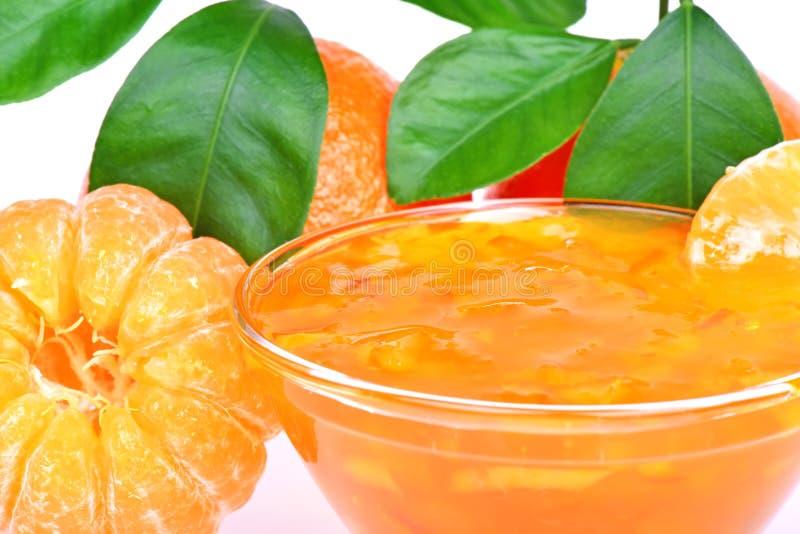 Tangerina e doce descascados da tangerina foto de stock royalty free