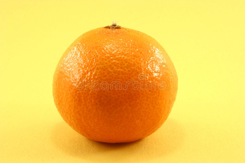 Download Tangerine стоковое изображение. изображение насчитывающей витамин - 79589