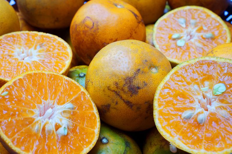 Tangerine Mot κτυπήματος είναι μια τοπική ποικιλία του μανταρινιού που αυξάνεται στην περιοχή Mot κτυπήματος Thon Buri, Μπανγκόκ, στοκ φωτογραφία με δικαίωμα ελεύθερης χρήσης