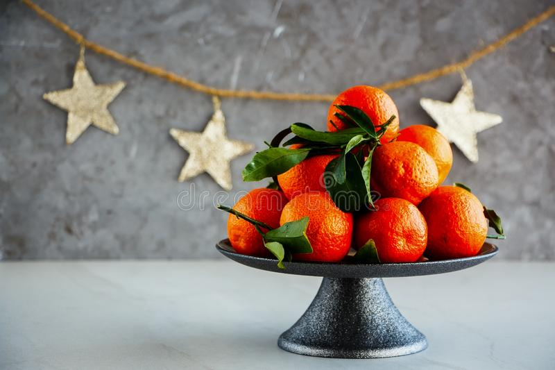Tangerinen und Weihnachten lizenzfreie stockfotos