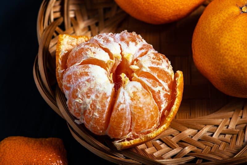 Tangerines σε ένα καλάθι burlap στοκ φωτογραφίες με δικαίωμα ελεύθερης χρήσης