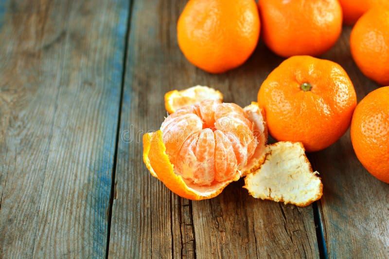 tangerines Grupo dos mandarino alaranjados fotos de stock royalty free