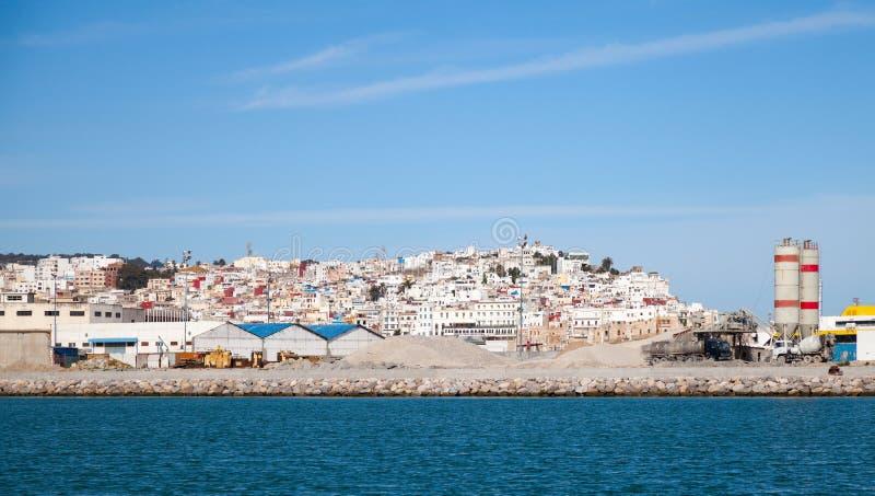 Tangier port, panorama med blå himmel, Marocko, Afrika royaltyfri fotografi