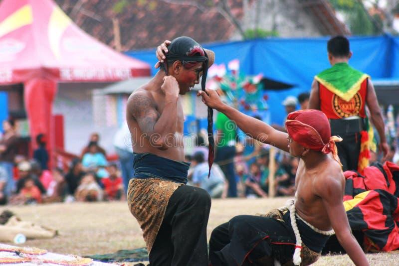 Taniec i przyciąganie tradycyjny Reog Ponorogo zdjęcia stock