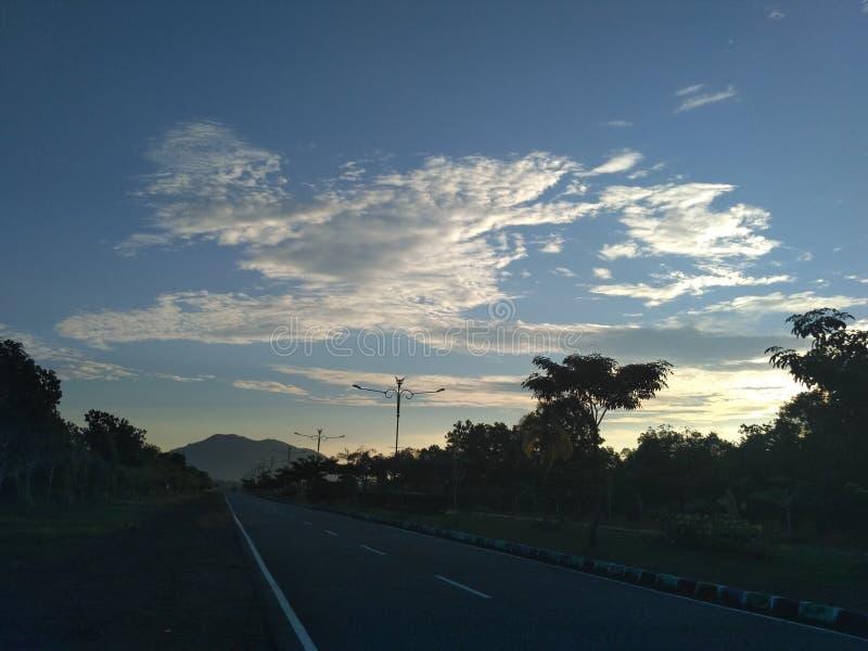 Tanjung Pinang väg-sikt arkivbild