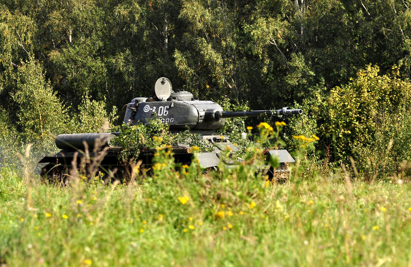 Download Tank T-34 Royalty Free Stock Photography - Image: 21554927