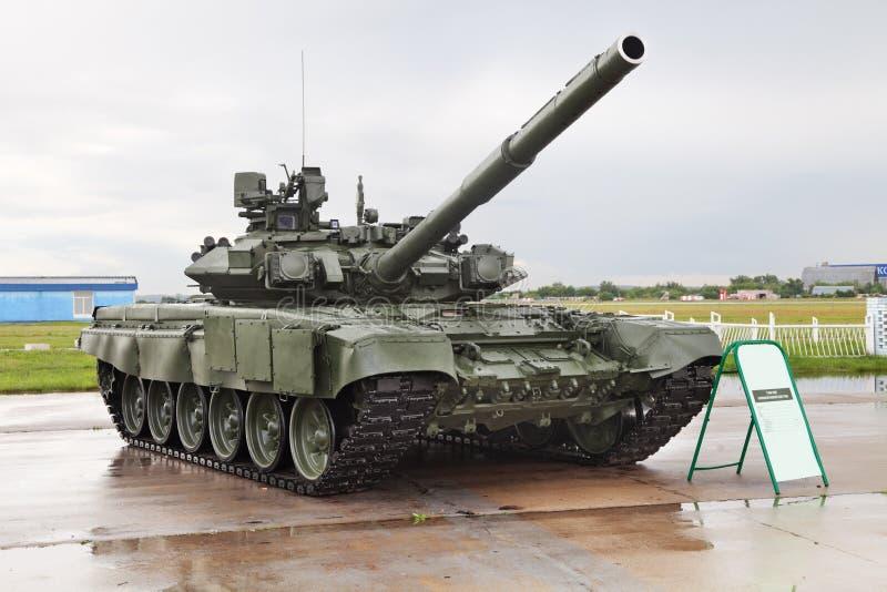 Tank t-90 royalty-vrije stock afbeeldingen