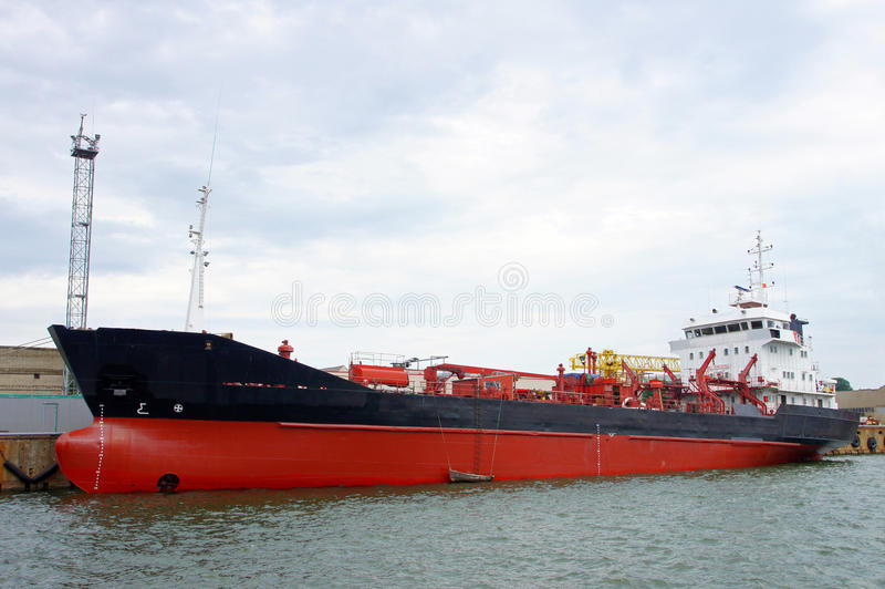 Download Tanker stock image. Image of water, vessel, cargo, nautical - 26002431