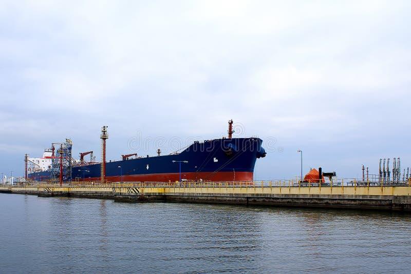 tankfartyg arkivbild