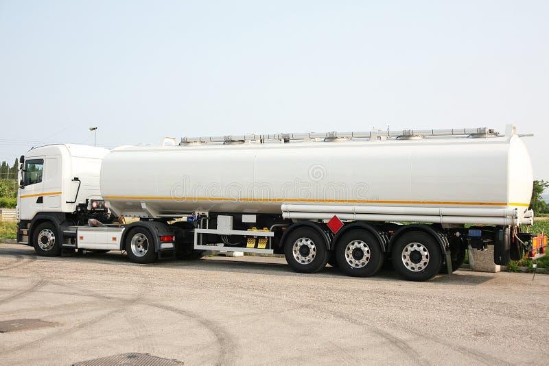 Tankowiec dla transportu rozpuszczalnik fotografia stock