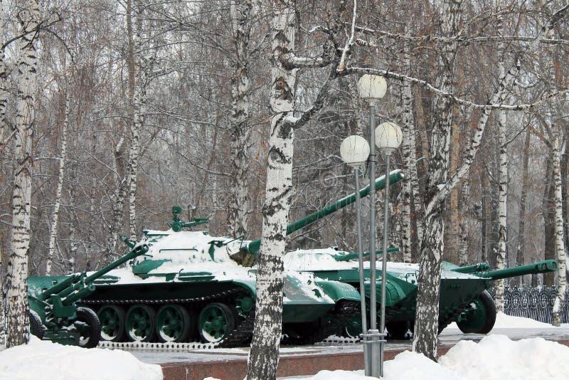 tanks stock afbeeldingen