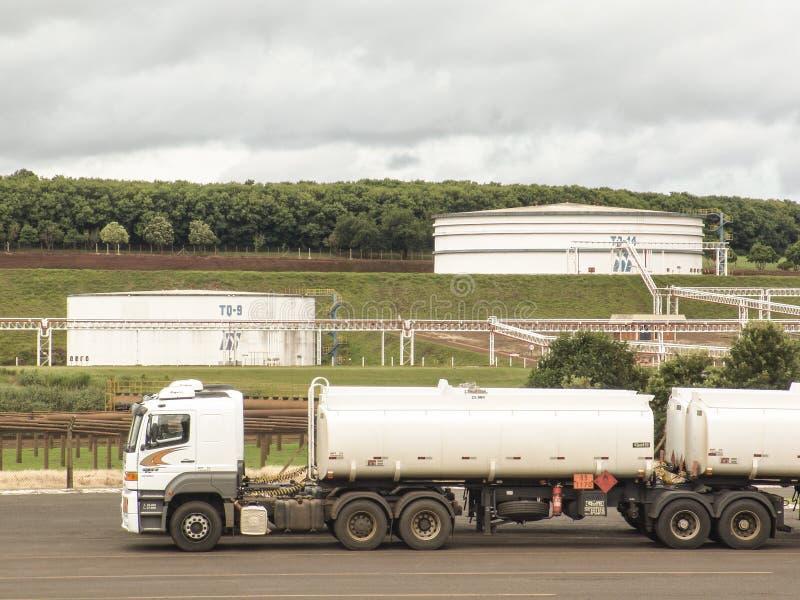 Tanks voor ethylalcohol royalty-vrije stock foto's