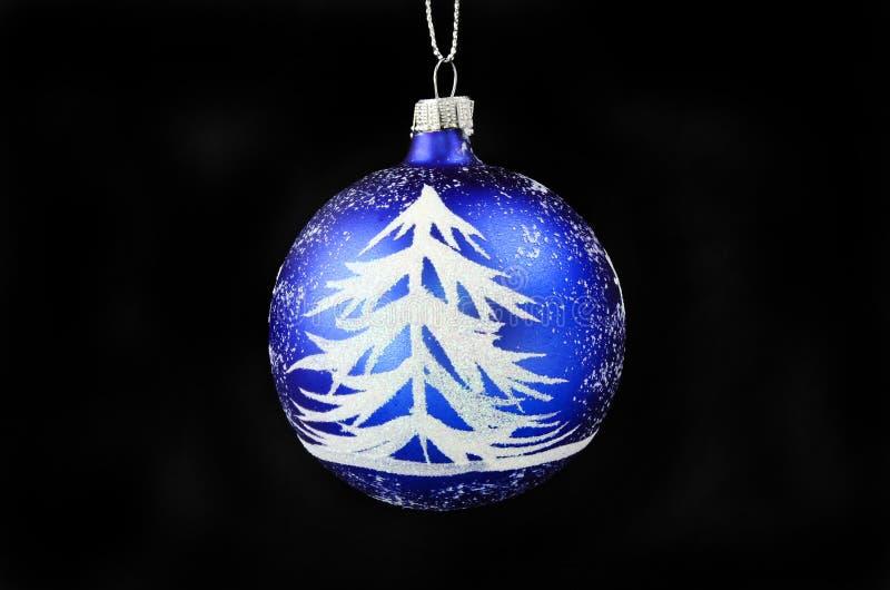 Tannenbaum und Schnee Weihnachtsflitter stockfotos
