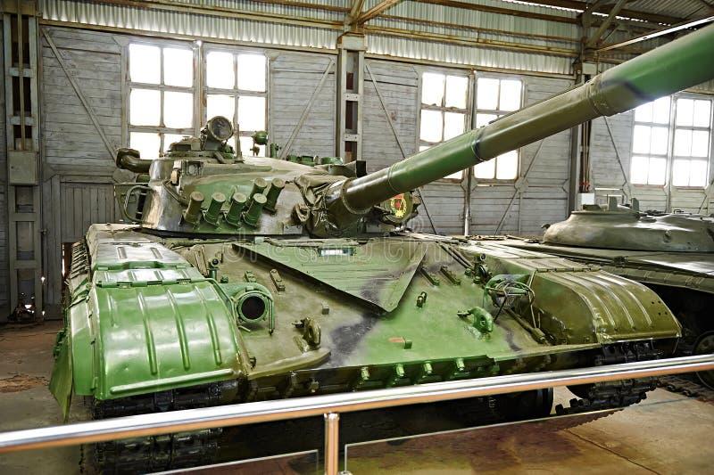 Download Tanque De Batalla Principal De Segunda Generación Soviético T-64A Foto de archivo - Imagen de equipo, fuerzas: 64203710