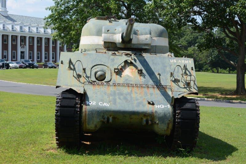 Tanque de exército velho imagem de stock royalty free
