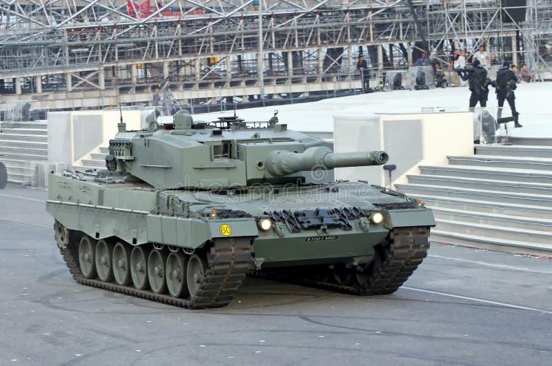 Tanque de leopardo em NDP 2009 fotografia de stock