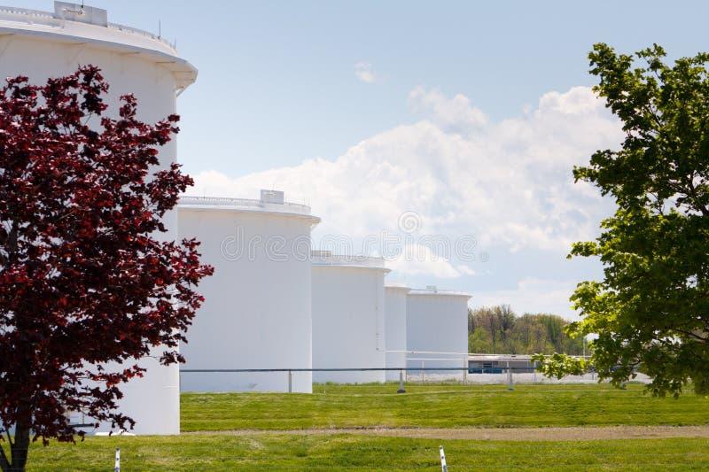 Tanques de armazenamento do óleo em Sarnia Ontário imagem de stock royalty free