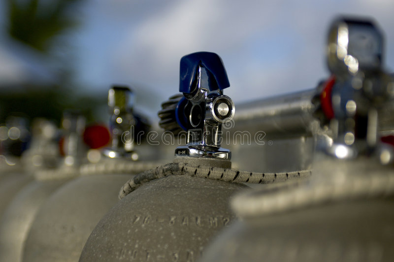 Tanques do mergulhador fotos de stock
