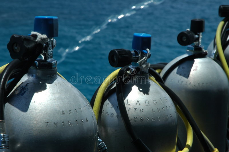 Tanques do mergulho imagens de stock