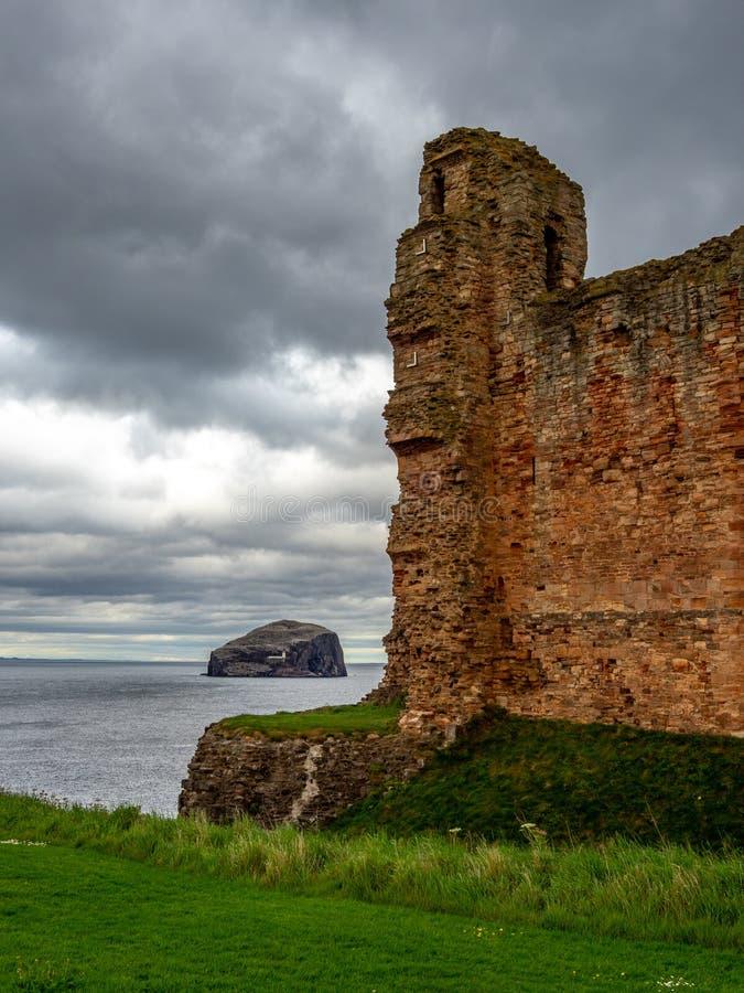 Tantallon Castle, mid-14th-century Scottish castle, North Berwick. Ruins of tantallon Castle, mid-14th-century Scottish castle, North Berwick. The Bass Rock in stock photography