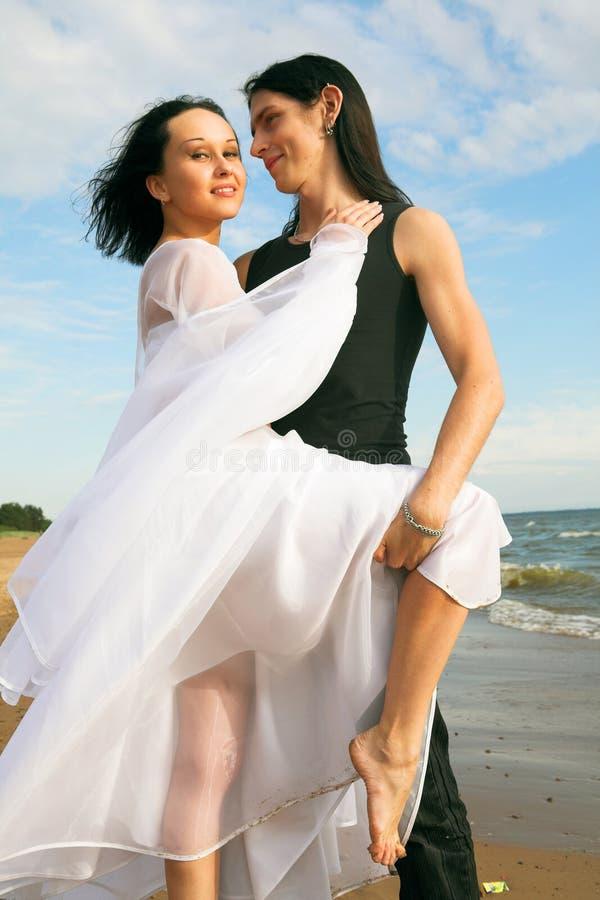 Tanzen auf den Strand stockfotografie