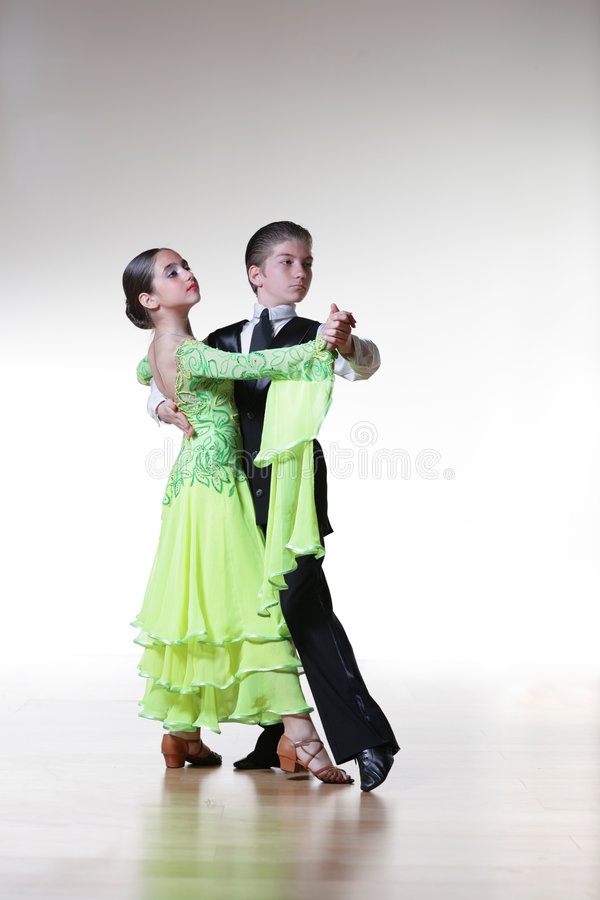 Tanzenkinder lizenzfreies stockfoto