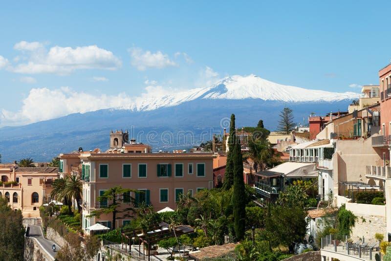 Taormina και Etna. στοκ εικόνα
