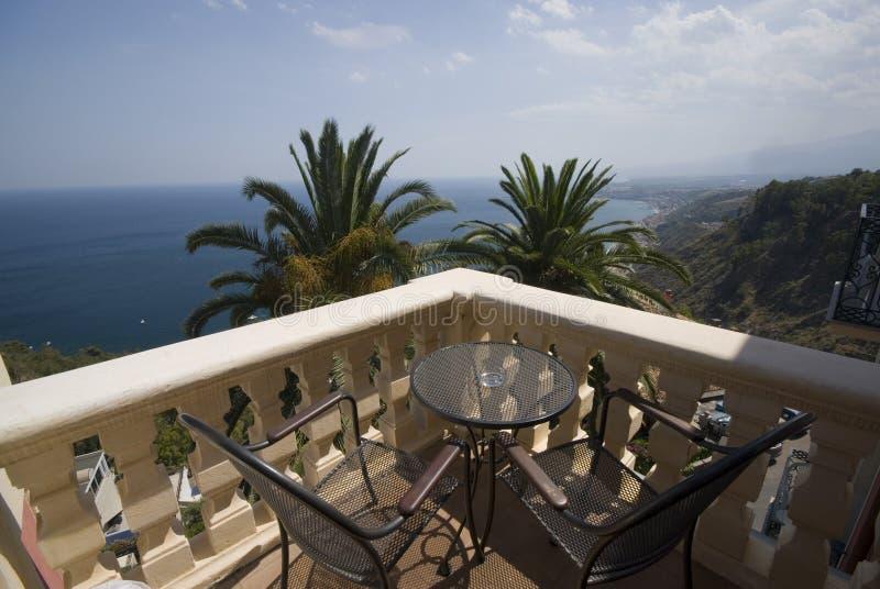 Taormina Sicile de patio d'hôtel photographie stock