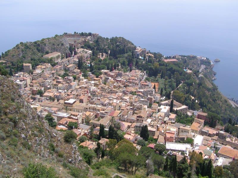 Taormina Sicilien sikt från Castello di Taormina royaltyfria foton