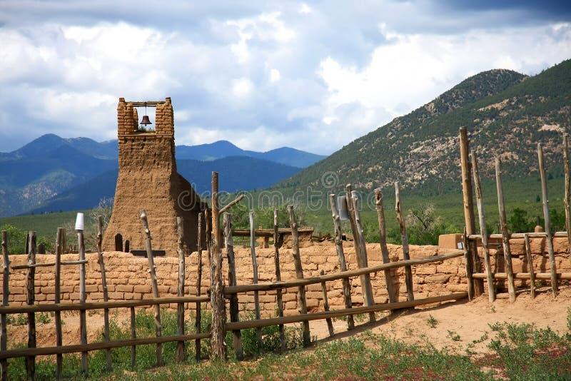 Taos Pueblo lizenzfreie stockfotografie