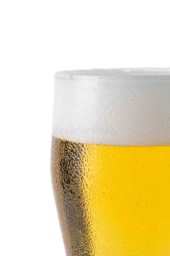 Tapa del vidrio de cerveza imagenes de archivo
